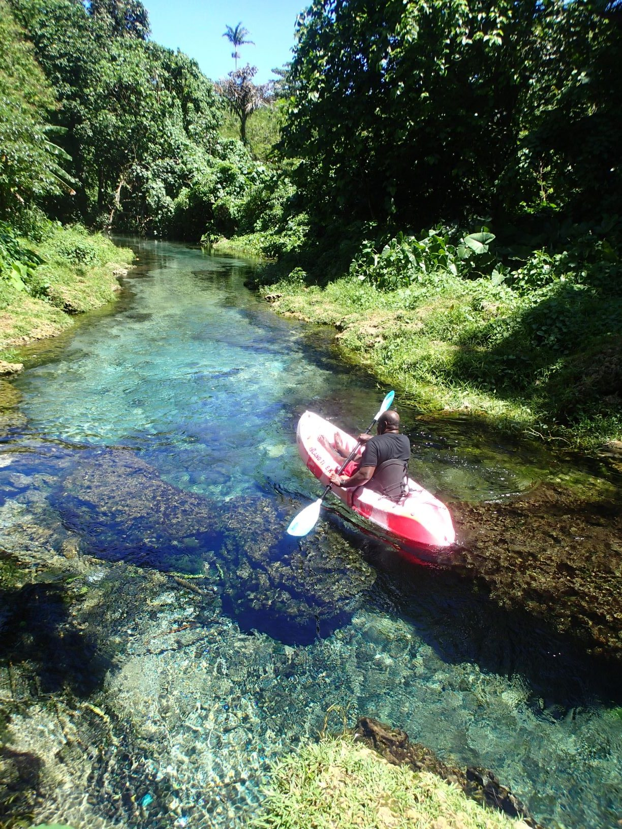 river adventure espiritu santo